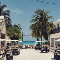 Isla Mujeres Road