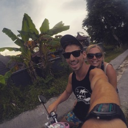 Moped riding around Nusa Ceningan