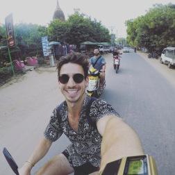 Old Bagan | E-Bikes